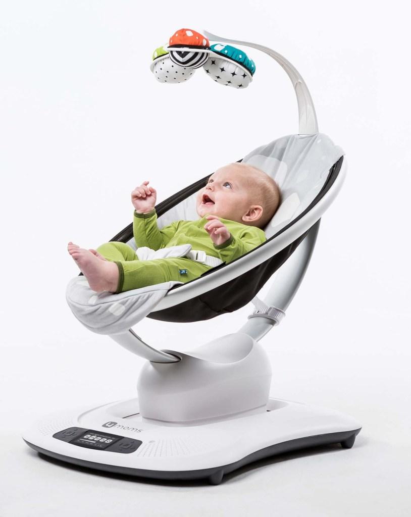 mamaRoo, uma cadeira que embala o bebé como se fosse a mãe