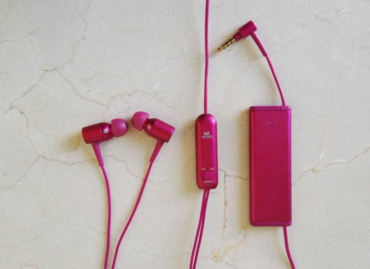 Auriculares h.ear in Noise Control (NC) MDR-EX750NA, da Sony