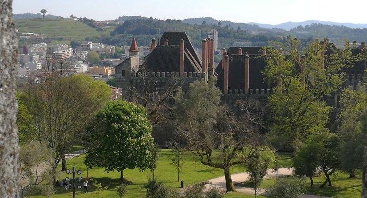 Guimarães, fotografada com o P9