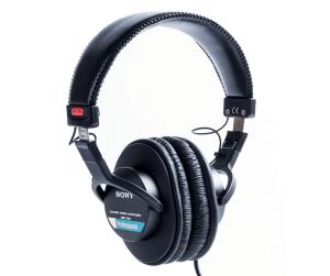 Best studio headphones for recording vocals