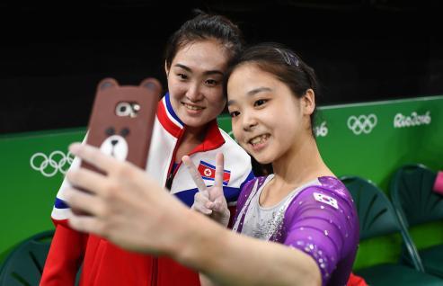 olympics-selfie