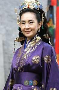 Chae Si Ra in Iron Empress
