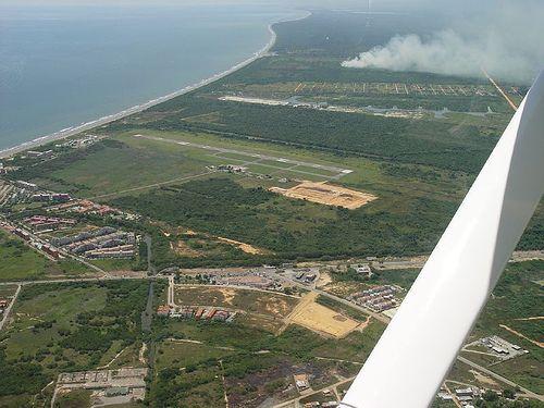 El Aeropuerto Nacional Higuerote.