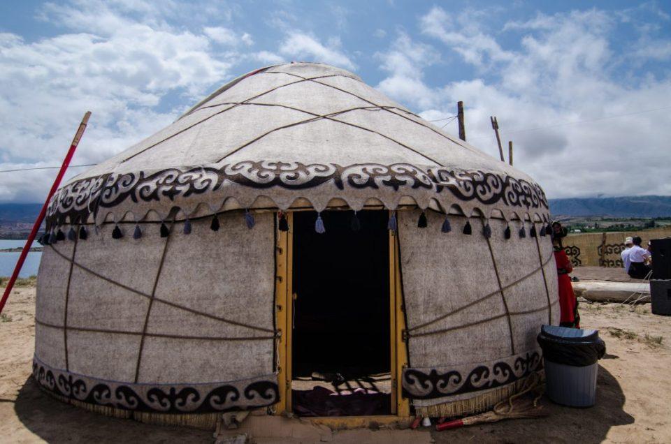 co warto w Kirgistanie - jurta