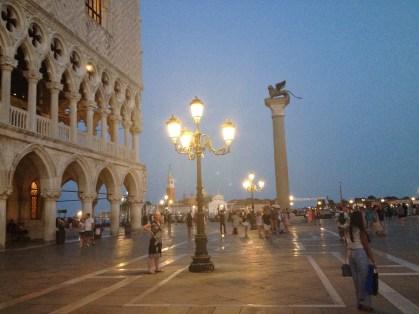 Ilta Venetsiassa.
