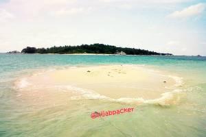 pulau pasir belitong
