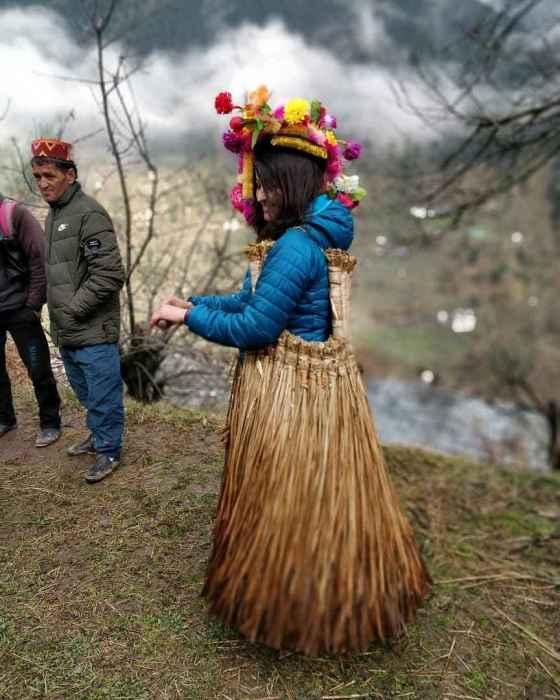 How-to-reach-Lapas-lapas Homestays-Parvati-Valley-2020-hikesdaddy