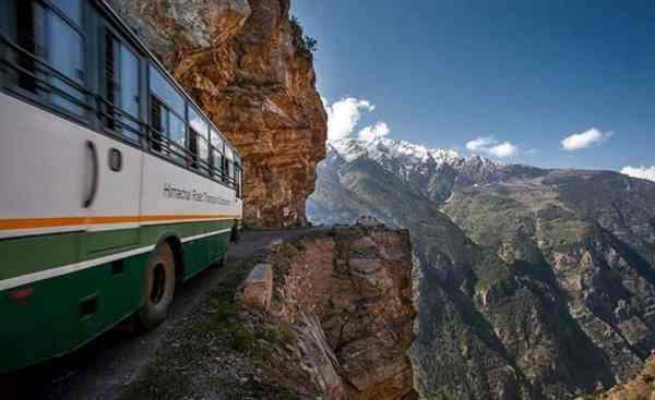Manali-Spiti-kinnaur-hrtc-Bus-hikesdaddy