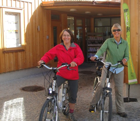 bike riding Hallstatt