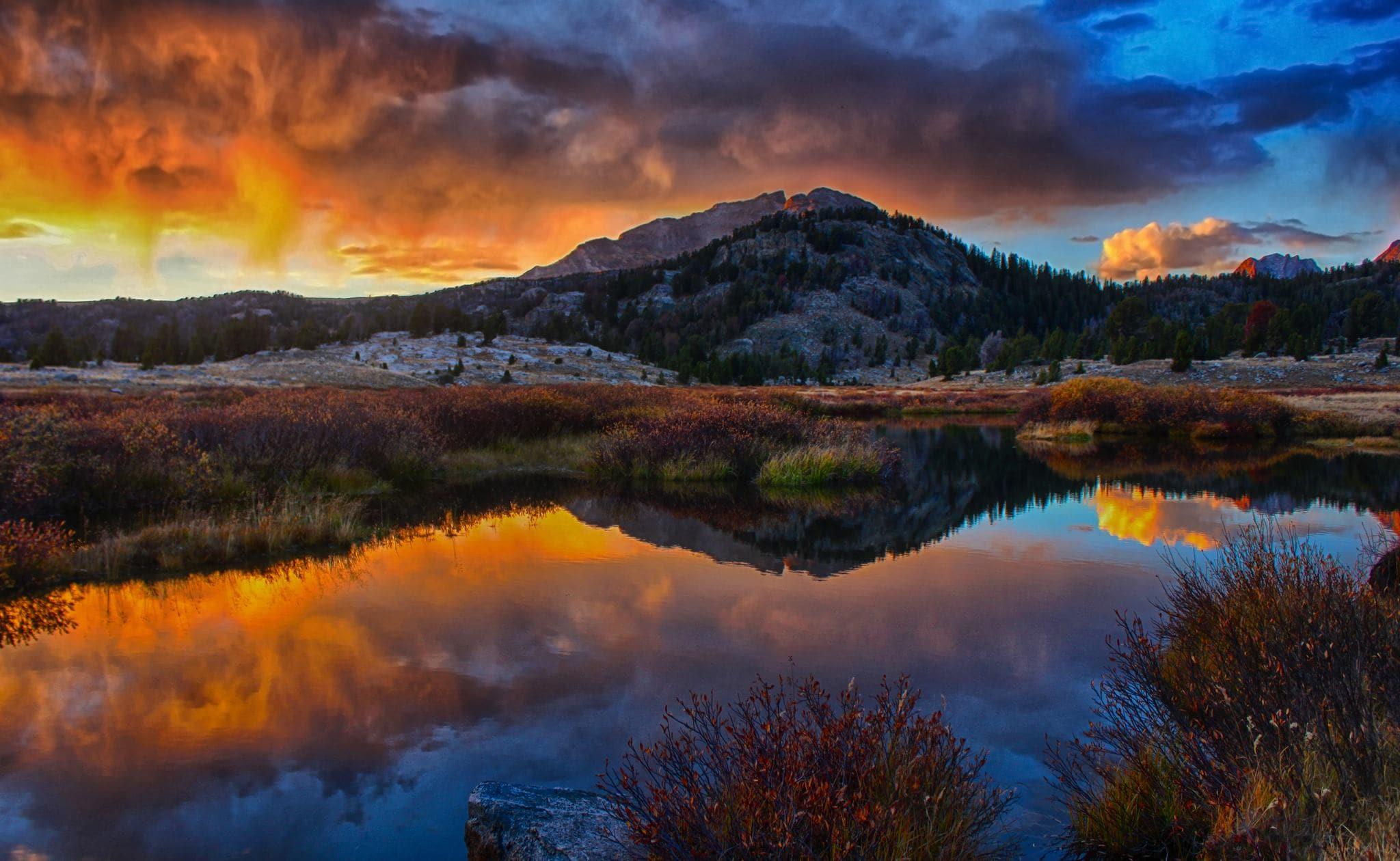 Sunset at Mount Geikie