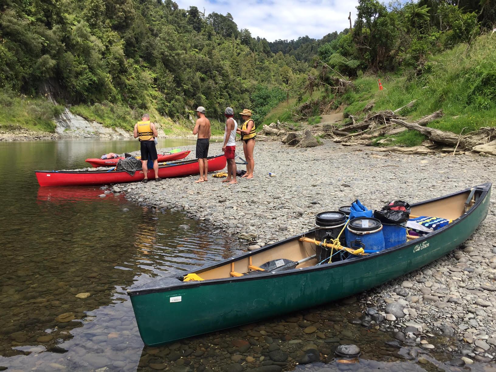 Whanganui River Canoe Details Hiking Nz