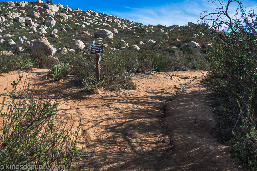 Junction of the Mt Woodson trail and Warren Canyon trail