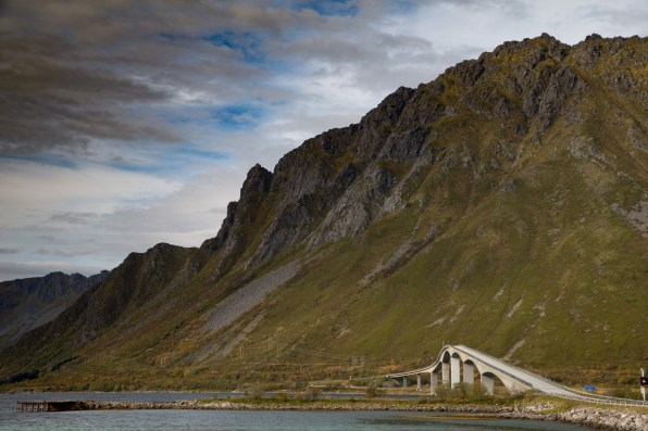 The Gimsøystraumen Bridge