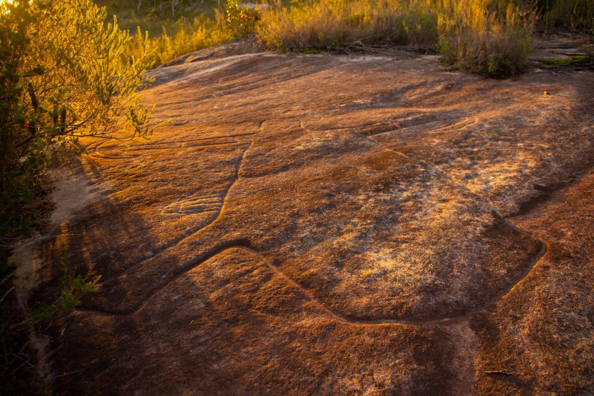 img 3606 lr Photographing Aboriginal rock art
