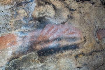 AWAT4492 LR Aboriginal Trails