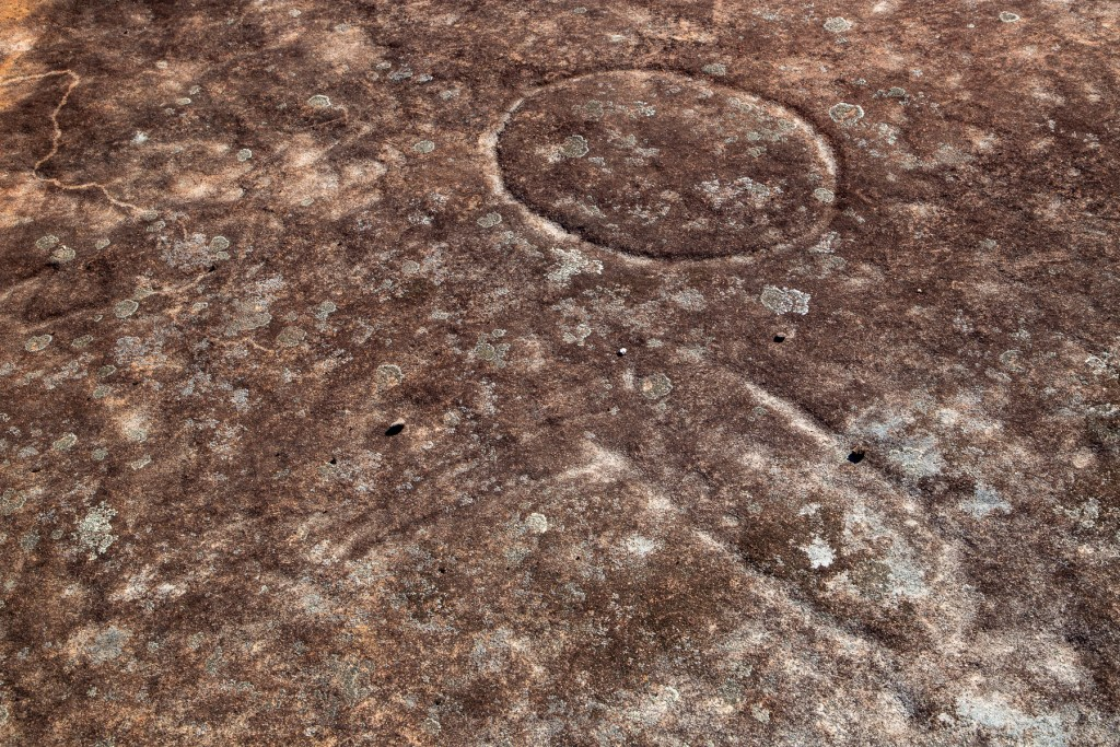 AWAT8928 LR Mount Murray Anderson - Two Men