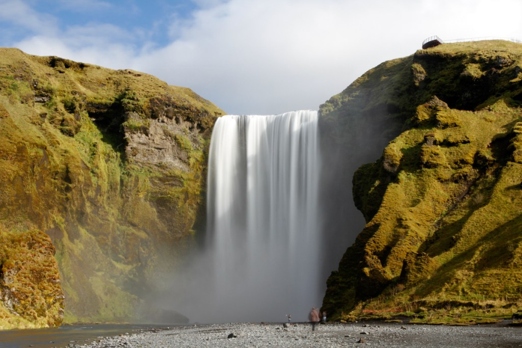 MG 7059 LRP Waterfall Facts