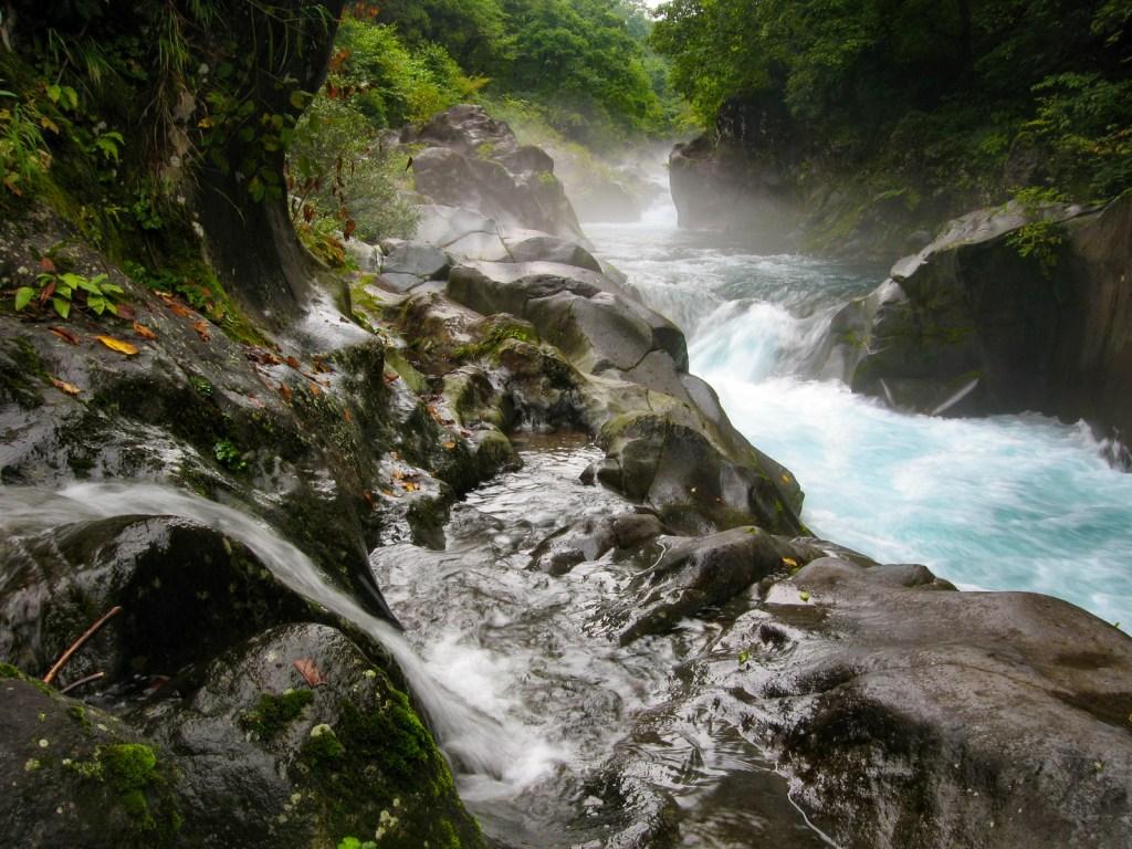 IMG 0326 LR Kanmangafuchi Abyss waterfalls