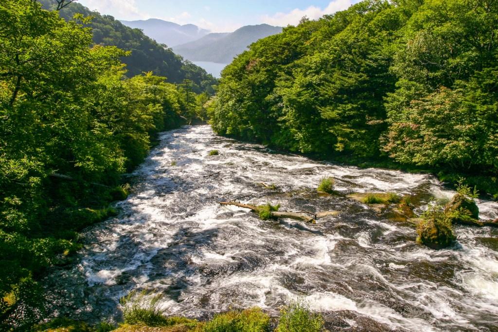 IMG 4609 LR Ryuzu Waterfall (竜頭ノ滝, Ryūzu no Taki)