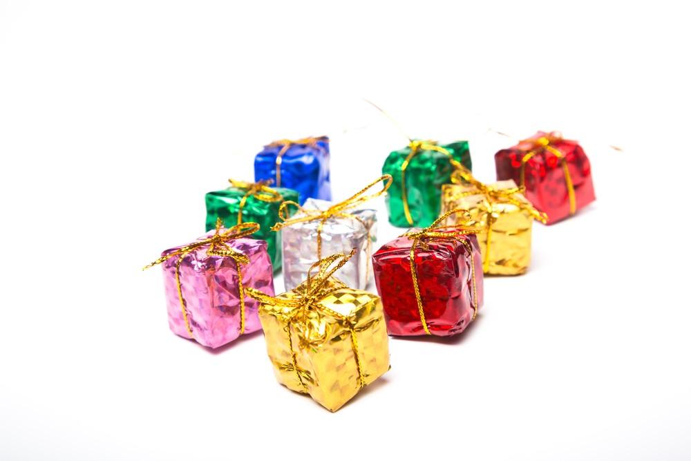 元夫から子供へのクリスマスプレゼント。突き返す?受け取る?