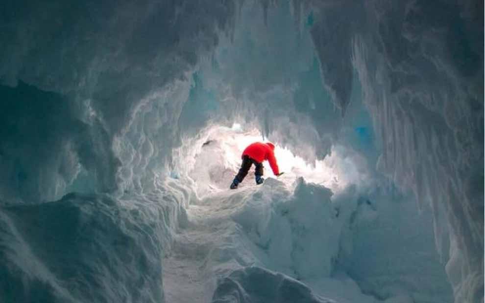 Antarktika kıtasında keşfedilen mağaralar