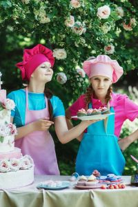 My Top 3 Reasons to Wear an Apron