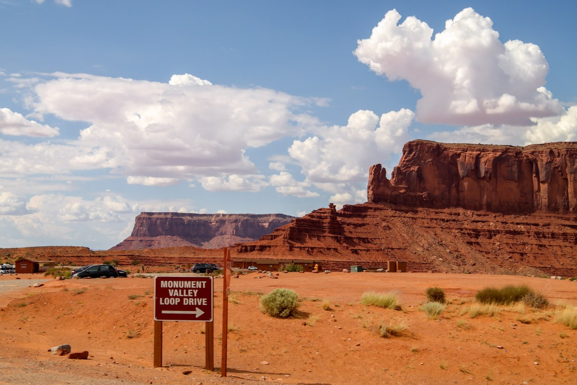 meet monument valley singles If you want to meet halfway between monument valley, ut and page, az or just make a stop in the middle of your trip, .