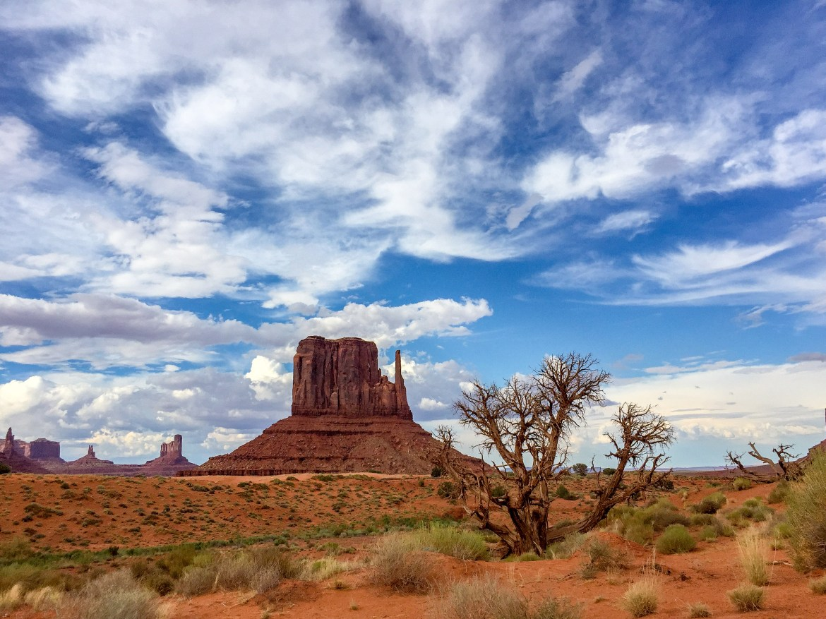 Family Road Trip to Monument Valley Utah Arizona #monumentvalley