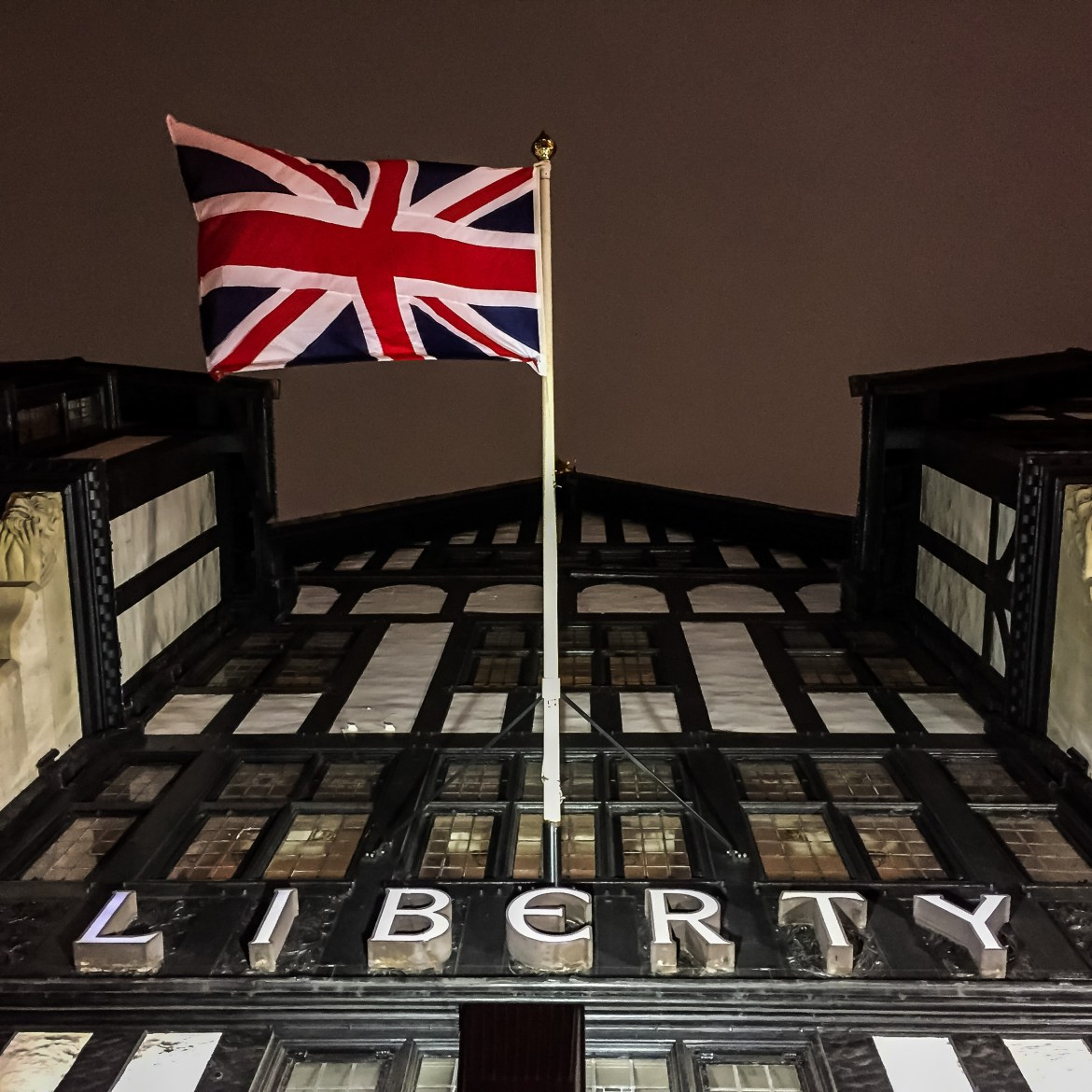 Shopping in London #libertyoflondon