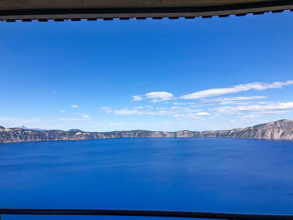 Sinnott Memorial Overlook Crater Lake
