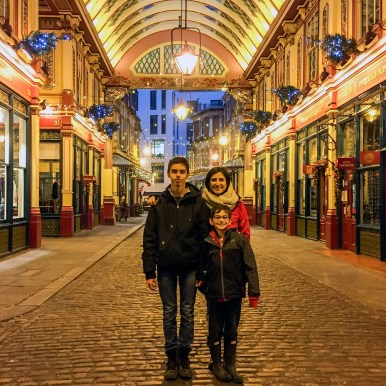 Things to do in London at Christmas Time #leadenhallmarket