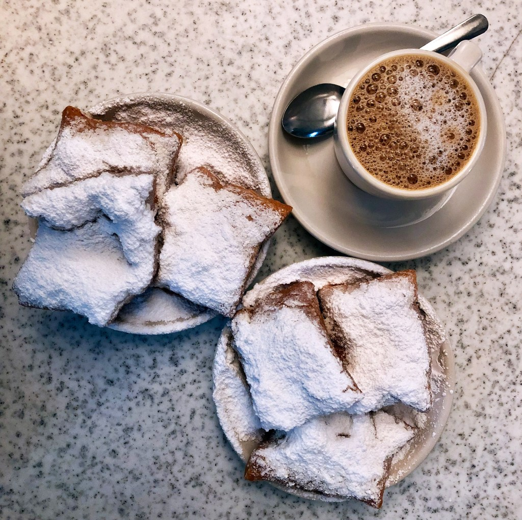 Cafe Du Monde Two Orders Beignets New Orleans #cafedumonde