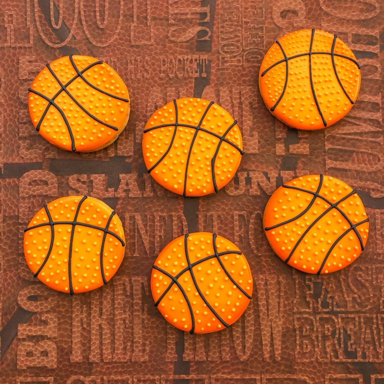 #basketballcookies #cookiesareeverything #cookieshilarystyle #customcookies
