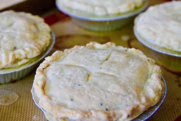 Thanksgiving Leftovers Turkey Pot Pies