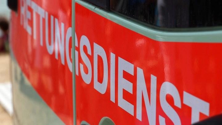 Verkehrsunfall mit zwei leichtverletzten Personen auf der B3 zwischen Elze und Gronau