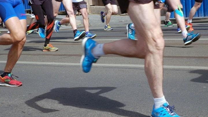 Vier junge TKJ-ler trotzen Sturmböen beim Crosslauf in Gadenstedt