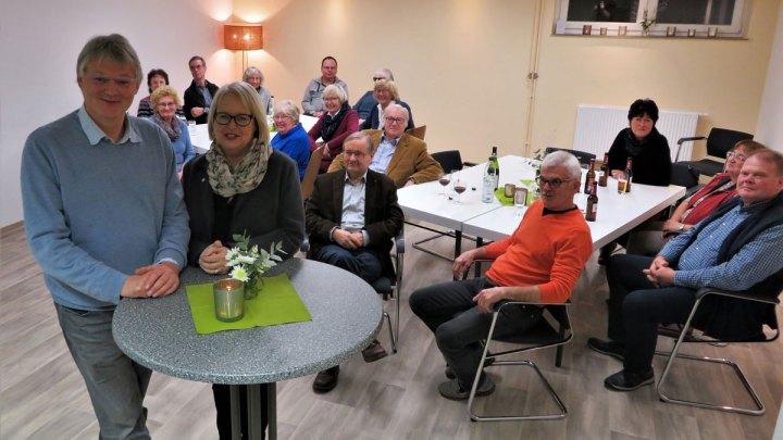 """""""Das ist ein Stück Heimat"""" – Superintendentin Katharina Henking lobt das Engagement der Alfelder Friedens-Kirchengemeinde"""