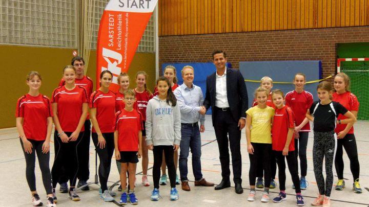 Die Leichtathletikabteilung des TKJ Sarstedt hat ihren ersten Hauptsponsor gefunden