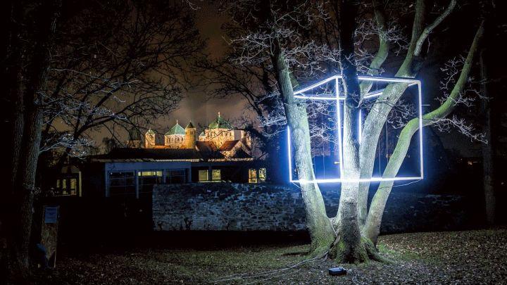 Zehntausende Besuchende auf Lichtkunst-Ausstellung in Hildesheim