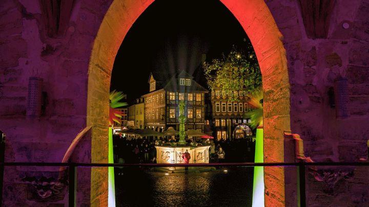 "Hildesheim leuchtet: ""12. Light-Night-Shopping"""