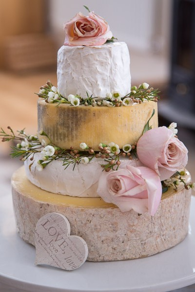 West-Country-Cheese-Wedding-Cakes-1847-400x600
