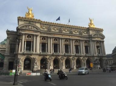 Opéra (as in Phantom of the)