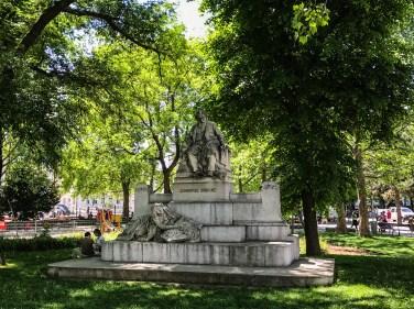 Brahms monument - Vienna