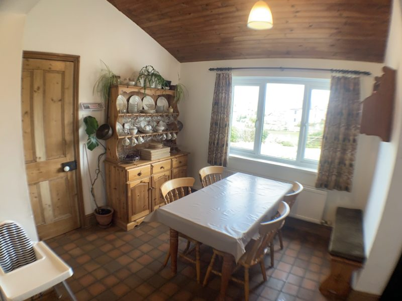 Gower Self Catering Holiday Cottage dining