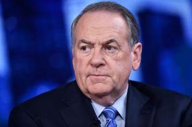 Mike Huckabee caught in immigration lie