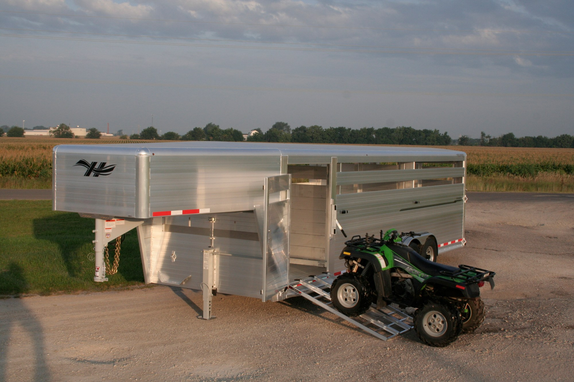 hight resolution of optional front vent and cover and 52 inch wide left hand escape door ramps and atv not included hillsboro industries endura aluminum livestock trailer