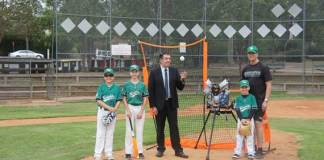 Pictured with Ray Williams MP - Brady Stockdale, Hayden Chappell, Beau Stockdale, & Lindsay Chappell (secretary Castle Hill Knights Baseball Club)