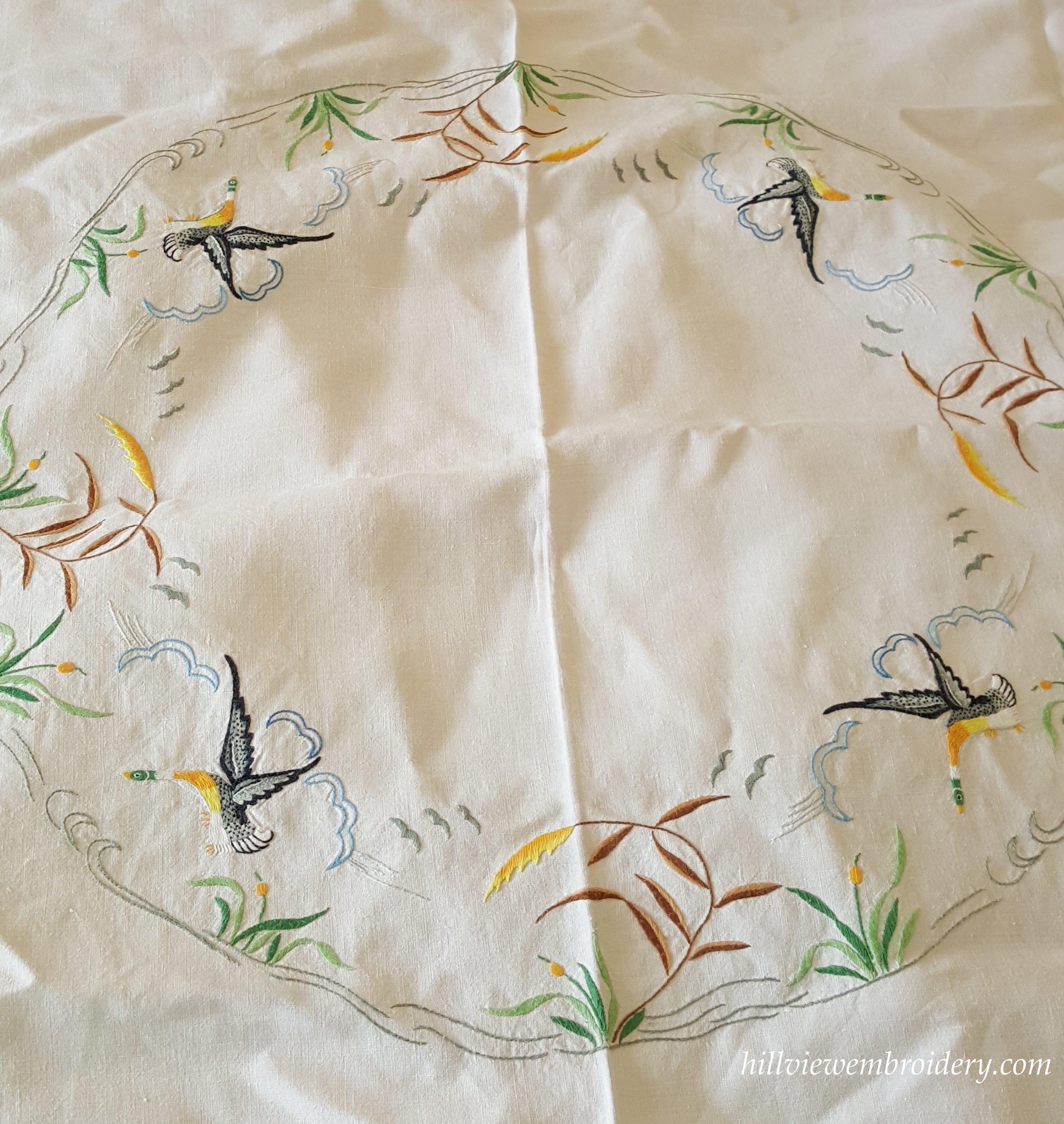 tablecloth centre