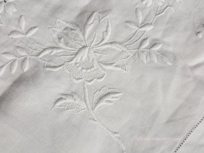 whitework tablecloth 1