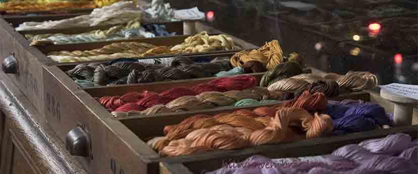 Beautiful threads at Au Ver a Soie, Paris